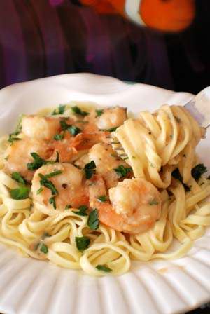 Shrimp Scampi with Linguini Pasta Italian recipe.