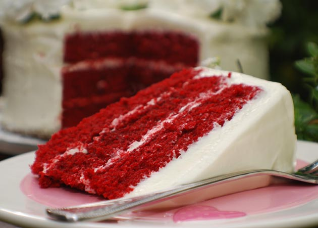 Red velvet cake and cupcakes.